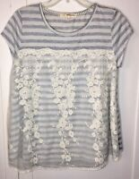 Rewind Lace Front Tunic Top Gray Stripe Shirt Sleeve Size Large