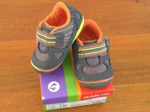 Toddler shoes Stride Rite size 4
