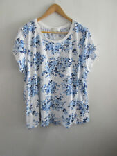 Forever 21 Blue Floral T-Shirt Size 2X (16)