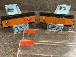 2 N Scale Premiere Editions Santa Fe Super Chief 40' Box Cars California 2423B/C