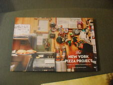 """THE NEW YORK PIZZA PROJECT"" Color Photos of the Shops & Pizza Fans of NEW YORK"