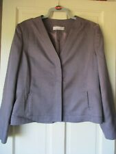 COUNTRY CASUALS JACKET SIZE 18