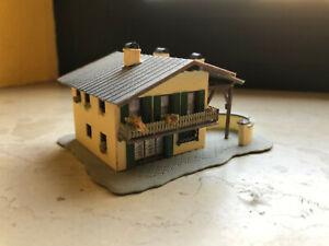 Vollmer 7748 Haus Auerhahn / Spur N / fertig gebaut (34)