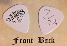 DIRE STRAITS - Mark Knopfler band logo signature guitar pick - (Q)