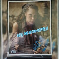 Alycia Debnam Carey Signed 8x10 Beckett authenticated coa Bold auto inscribed
