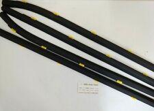 GENUINE NEW WINDOW RUBBER MOLDING SET SUITS HYUNDAI I30 Hatch 2007-2011