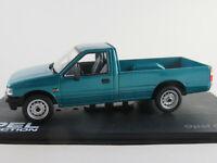 IXO #42 Opel Campo Pickup (1993-2001) in blautürkismetallic 1:43 NEU/PC-Vitrine