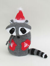 Snack Packaway Racoon Bag Knitting Pattern to knit your own Xmas Racoon Bag