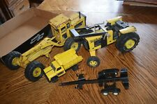 Vintage Lot 4 Classic Tonka Grader Dump Tractor Pressed Steel Construction
