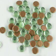 131 *** Lot de 20 cabochons anciens verre de Bohême 8mm VERT OPALESCENT