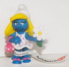 Smurfette with Flowers 2 inch Figurine 20421