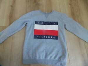 BOYS TOMMY HILFIGER JUMPER AGE 14-15 YEARS GREAT CONDITION