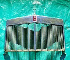 OEM 1968 Lincoln Mark III Grille Ornament and Emblem