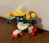 Vintage 1981 Rollerskate Smurfette (20126)