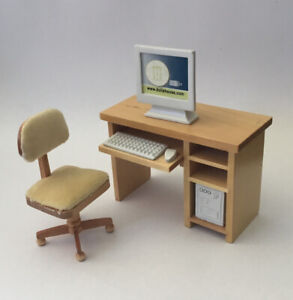 Dolls House Pine Desk and Chair