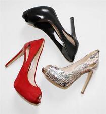 Women's Shoes GUESS HARRAH Platform Heels Peeptoe Pump Black/ Red/ Natural Multi