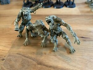 Warhammer Fantasy - Skin Wolves (x3) AOS Chaos Forgeworld (mounted & Primed)