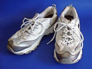 SKECHERS D'Lites SIZE 9 Women's Shoes Sneakers White/Silver 11567 S SPORT