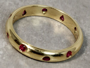 Tiffany & Co. 18K Yellow Gold Etoile Ruby 4mm Wide Dome Band Ring