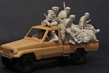 AC Models Chadian Pick Up Crew 7 figures & stowage 1/35th Unpainted kit