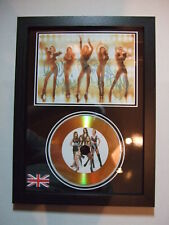 GIRLS ALOUD  SIGNED  GOLD  DISC  Y8