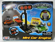 (Motor Max) Mini Car Engine (Transforming Playset) 2017 NEW!