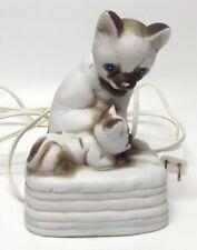 Vintage Ceramic Cat And Kitten Night Light Table Top / Bedroom Decor - GUC