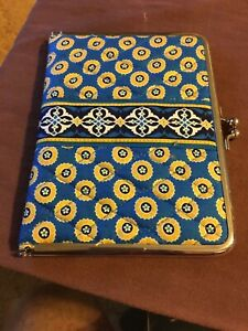 Vera Bradley Brag Book Photo Album Riviera Blue Yellow Flowers