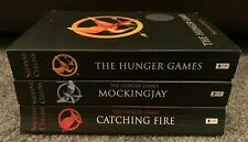 The Hunger Games Trilogy 3 Book Collection Set By Suzanne Collins (Paperback)