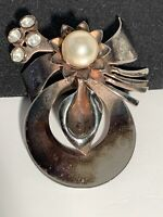 Vintage Metal Brooch Pin Rhinestone Faux Pearl Flower -Great Patina!