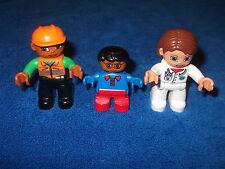 LEGO DUPLO VILLE FAMILIE MAMA PAPA KIND FIGUR HELL DUNKELHÄUTIG ARZT ÄRTZIN