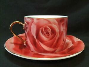Yedi Houseware Classic Coffee & Tea. Cup & Saucer. Red Roses, gold trim