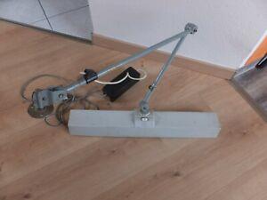 1x alte Scherenlampe Midgard Gelenkarmlampe ILBA  LS 20W Werkstattlampe