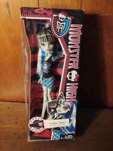 Monster High Ghoul Spirit Frankie Stein Doll New 2013