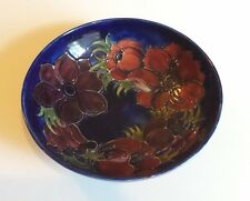 "IMPRESSIVE WILLIAM MOORCROFT ""ANEMONE"" ART POTTERY 10.5""  FRUIT BOWL (1950-86)"