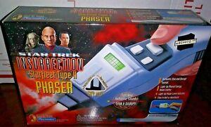 Playmates - Star Trek Insurrection Starfleet Type II 2 Phaser - Factory Sealed