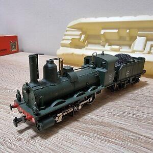 Locomotive rivarossi train miniature modélisme feroviere échelle 1:120 ho