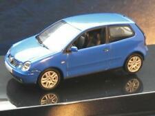 + VOLKSWAGEN VW Polo 4 9N1 von Autoart in 1:43  blau 59763