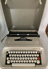 Vintage Underwood 319 Portable Typewriter with Cover EUC Olive & Tan W/ Case