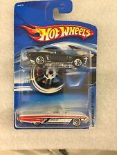Hot Wheels 2 Pack 2006 63 Thunderbird Convertible 69 Camaro Conv.NEW ON CARD B12