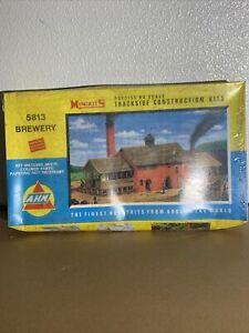 Vintage AHM HO Model Minikits Trackside Construction Kits Brewery #5813 SEALED
