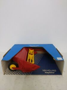 New Holland Haybine 1/16 Scale by Scale Models Farm Toy