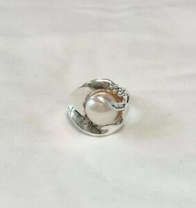 Hagit Gorali Israel Sterling Silver Modernist Pearl Ring Size 7.25 - EUC
