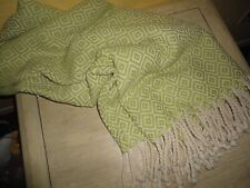 WORLD MARKET GEO GREEN & OFF WHITE WOVEN COTTON (1) THROW BLANKET 50 X 60