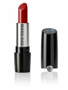 BN Mary Kay Lipstick Red Smoulder - Fab true red colour very glam.