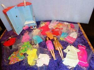 1960s TWO FRANCIE DOLLS IN VINTAGE FRANCIE PINK 6-SIDED CASE WITH CLOTHES & MORE