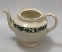 Wedgwood of Etruria & Barlaston Stratford Ivy Teapot Made in England NO LID AA