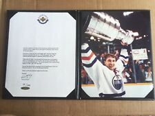 GEM! Wayne Gretzky SIGNED Oilers Farewell Letter & Photo Display Folder- UDA COA