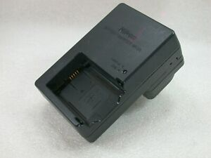 Genuine NIKON Battery Charger MH-28 For The Nikon EN-EL21 Lithium-Ion Battery