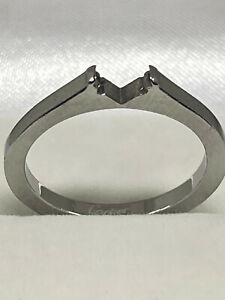 Cartier 18K White Gold Ladies Ring No stone. Size 6.5